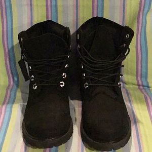 PC2) women's timberlands boots